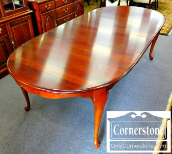 2-1-pa-house-solid-cherry-queen-anne-dining-table-with-2-leaves