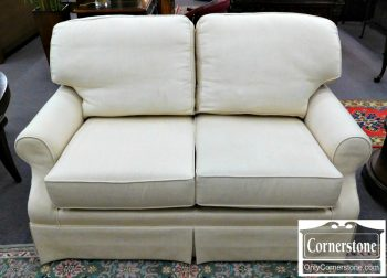 2339-127 King Hickory White Upholstered Loveseat