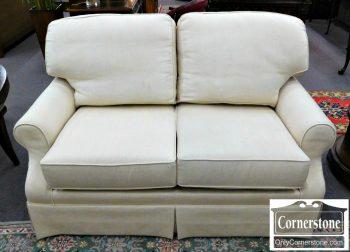 2339-127 King Hickory White Upholstered Loveseat