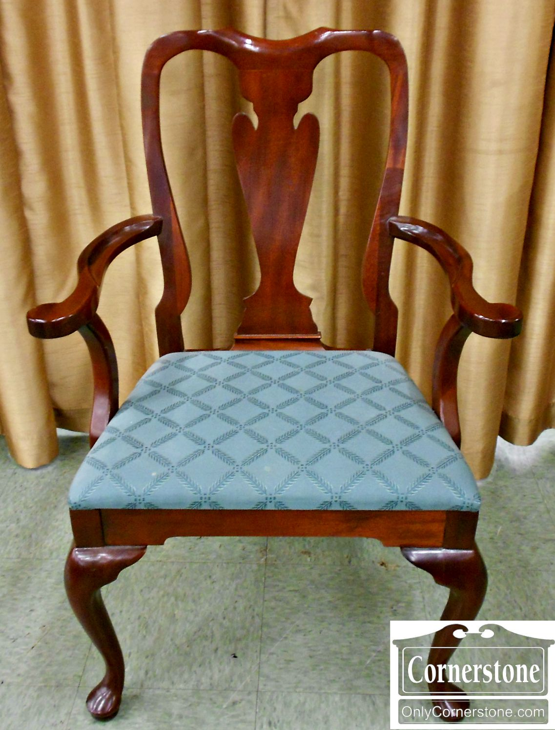 3425-39 Hickory Chair Solid Mahogany Queen Anne Arm Chair