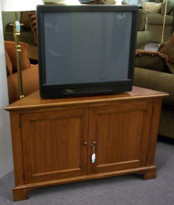 3830-139 Corner TV Cabinet