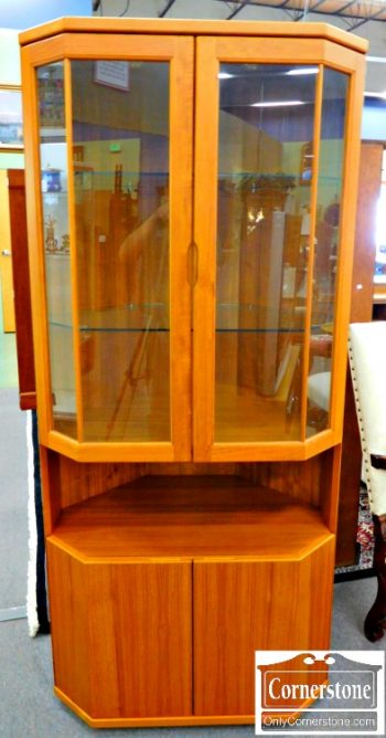 3959-1026 Design Furniture Mfg Teak Retro Corner Cabinet