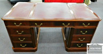 3959-1039 Mahogany Leather Top Executive Desk