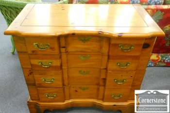3959-1217 Pine Block Front Chest
