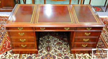 3959-1328 Sligh Mahogany Leather Top Desk