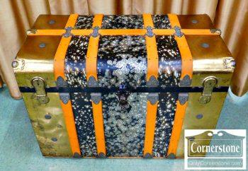 3959-1602-antique-trunk
