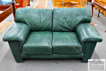 3959-1791 - Elite Casual Green Leather Loveseat