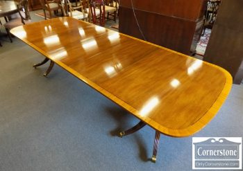 3959-1953 - Baker Mahogany Banded Pedestal Table with 3 Leaves