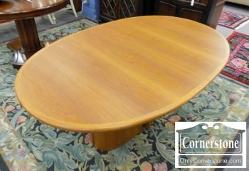 3959-2067 - Danish Teak Scandinavian Oval Dining Table with Leaf