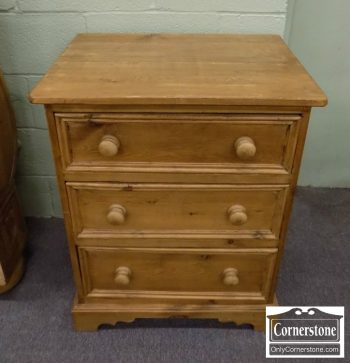 3959-2113 - Pine Bedside Chest