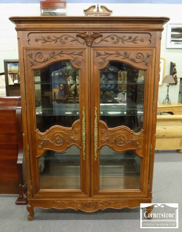 3959 2177   Century Cherry French Style Curio Cabinet