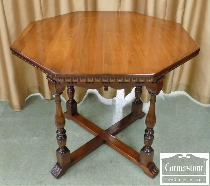 Kittinger Solid Mahogany Jacobean Style Octagonal Table