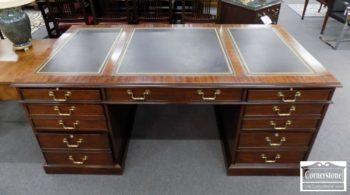 3959-2940 - Henkel Harris Mah Leather Top Exec Desk
