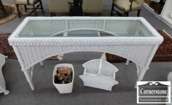 3959-3010 - Henry Link Wicker Sofa Table Glass Top