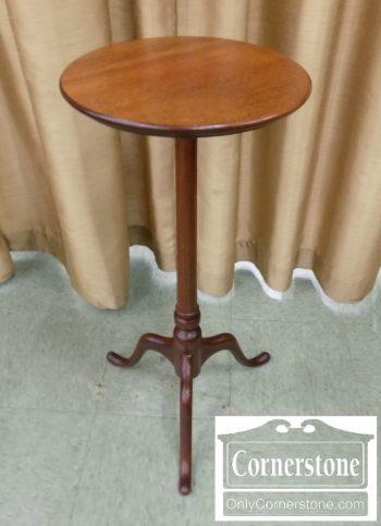 4454-1683 - Mahogany Queen Anne Tripod Stand