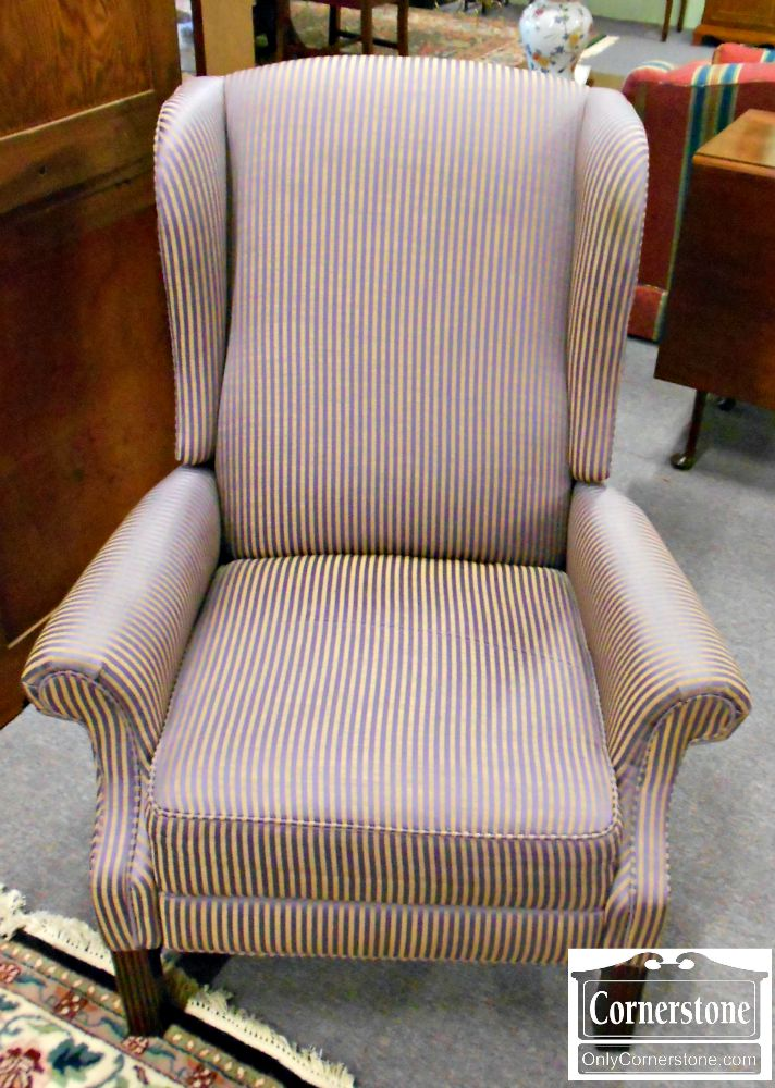 5208-551 Thomasville Striped Chippendale Wing Recliner