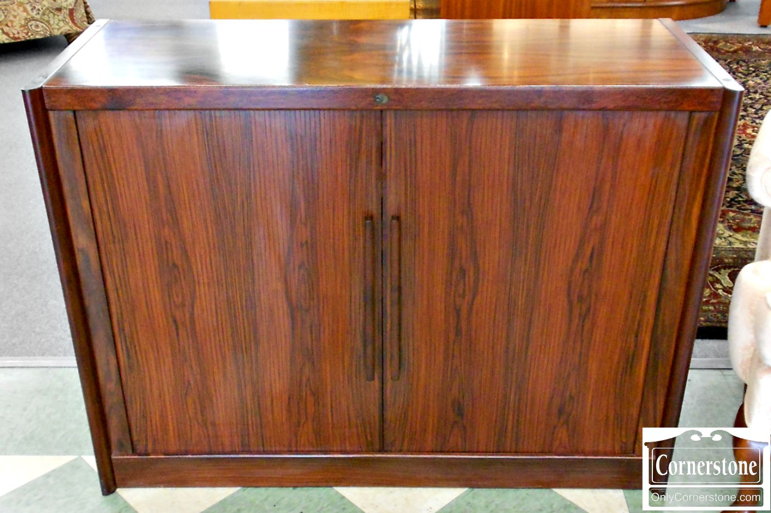 5208-819 Dyrlund Rosewood Cabinet with Interior Drawers