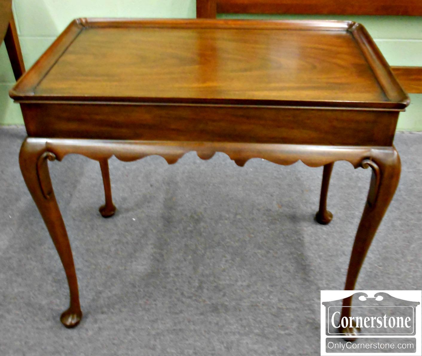 5208-893 Henkel Harris Mahogany Queen Anne Tea Table