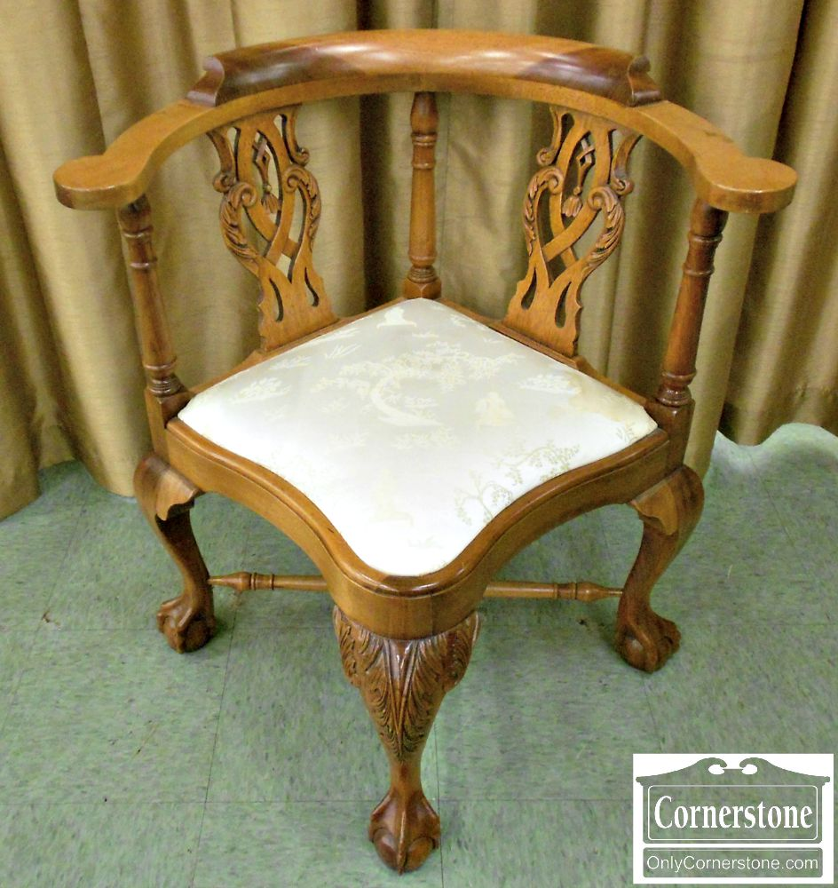 5666-322 Mahogany Chippendale Ball & Claw Foot Corner Chair