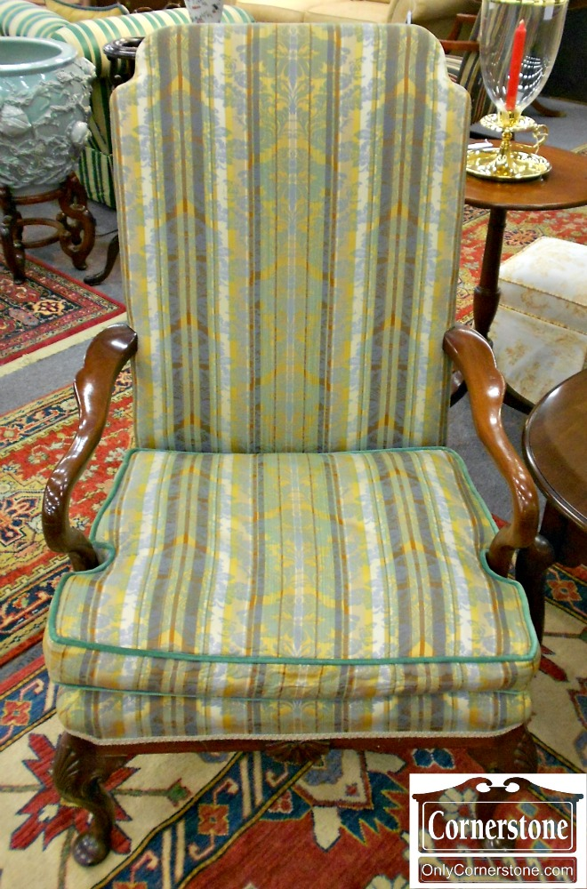 5666-362 Quuen Anne Green & Gold Upholstered Arm Chair