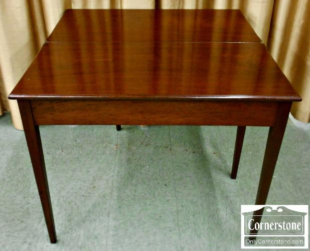 5670-616 Z Antique Mahogany Hepplewhite Game Table