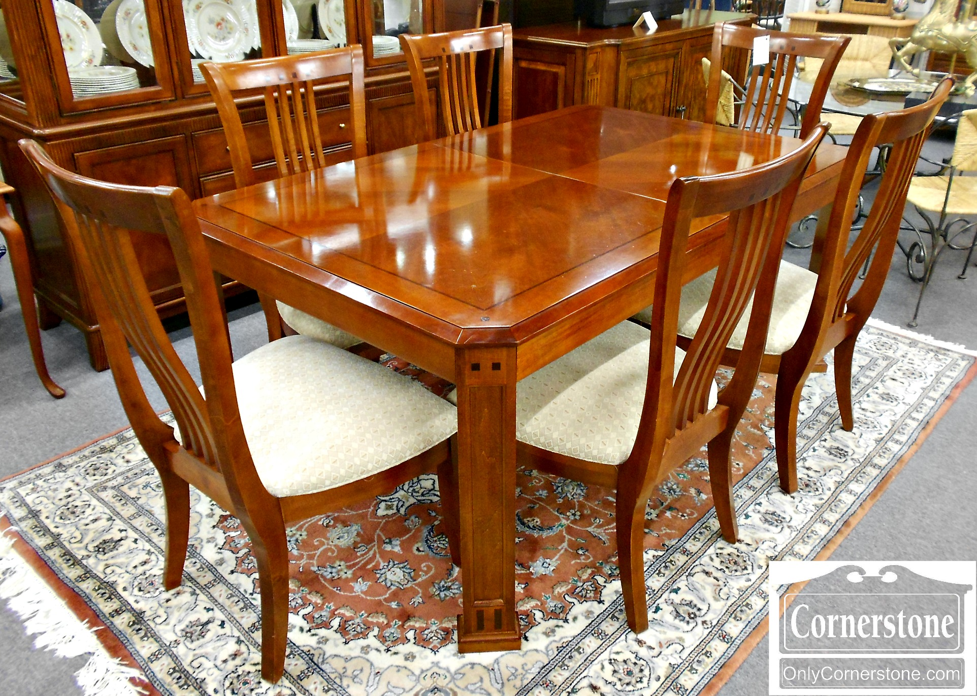 5670-819 Thomasville Cherry Table with 2 Leaves and 6 Chairs
