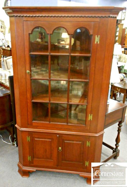 5670-846 Solid Cherry Corner Cabinet