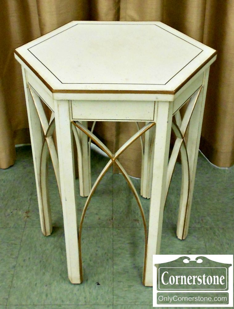 5800-12 Ardley Hall White Octagonal End Table