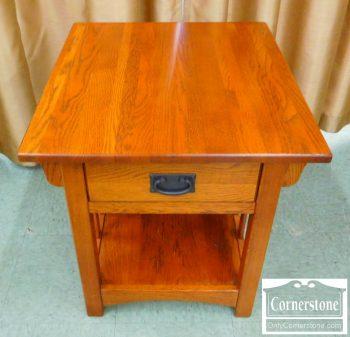 5861-26 - Oak Mission End Table (no auto adjust)