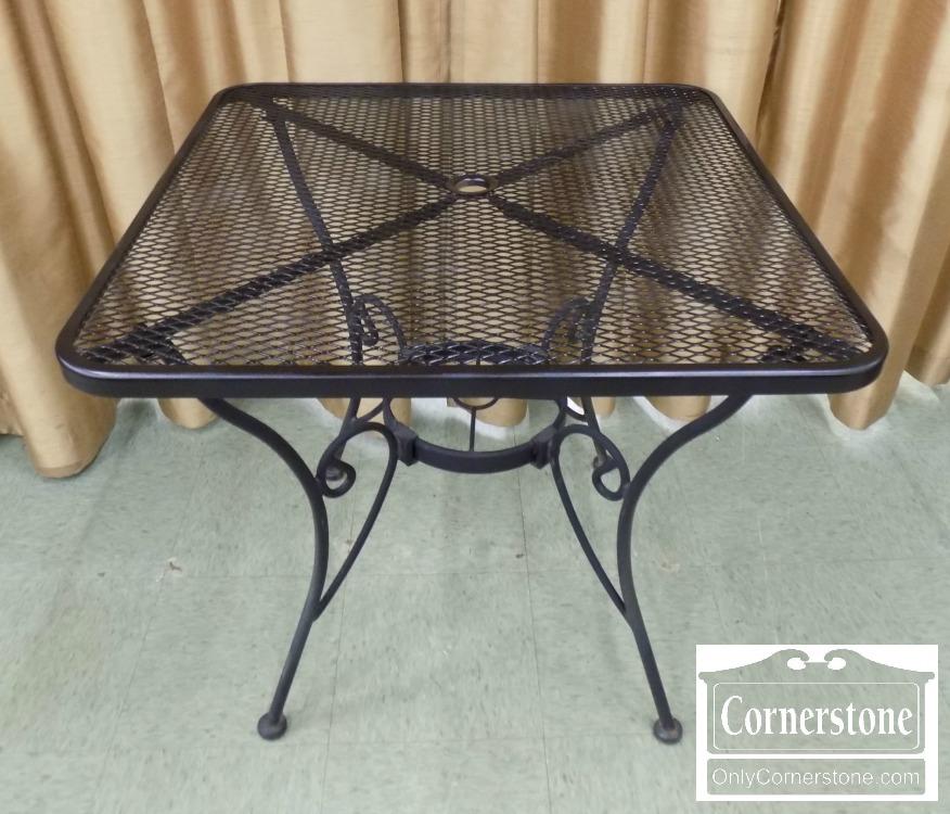 5938 44   Black Metal Patio Table