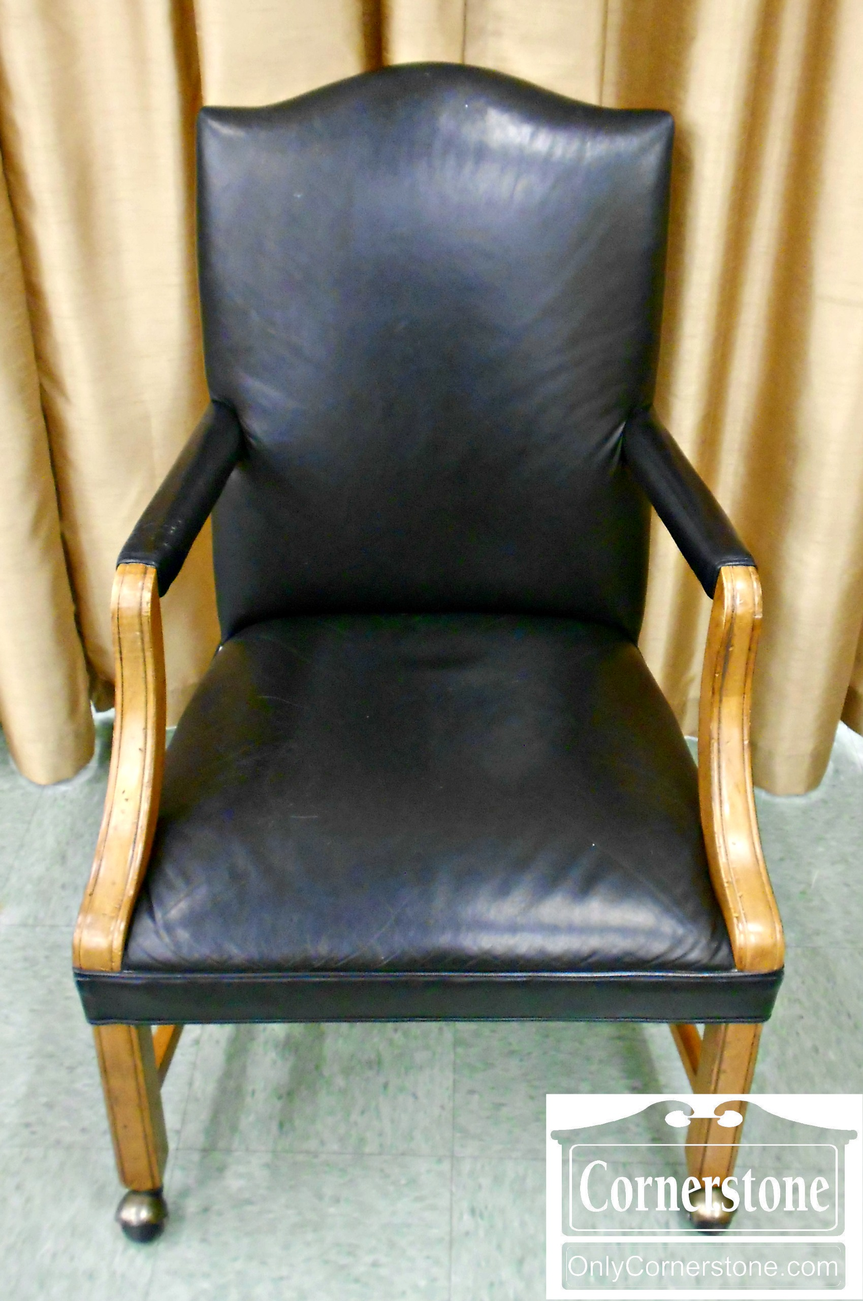 5960-24 Ethan Allen Leather Desk Chair