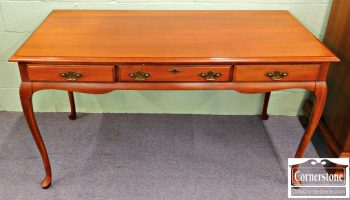 5960-453 Queen Anne Solid Cherry Writing Desk