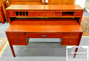 5960-516 Stanley Cherry Desk with Console Top
