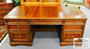 5960-767-cherry-hooker-executive-desk