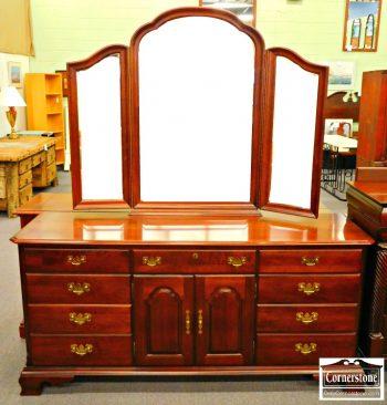 5960-793-kincaid-solid-cherry-dresser-with-tri-fold-mirror