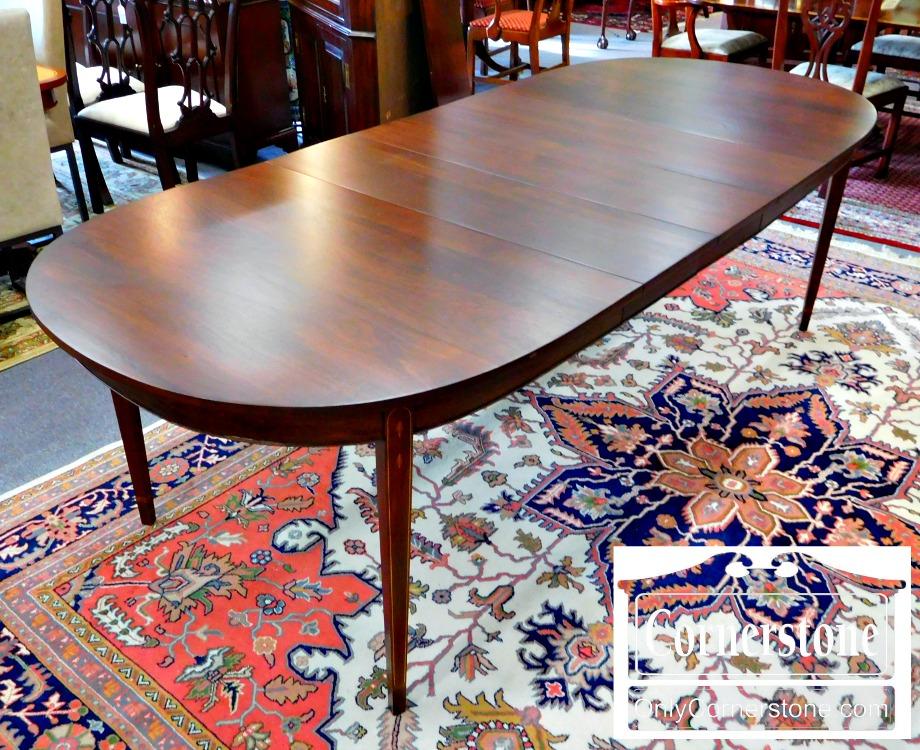 Henkel Harris Dining Room Table Decor