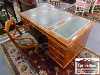 5965-1160 - Heldense Eng Furn Yew Wood LT Ex Desk wChair