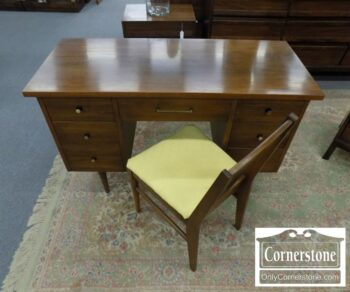 5965-1372 - Bassett MCM Desk with Chair