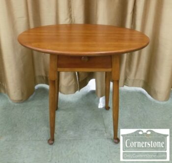 5965-1441 - Stickley Sol Cher Oval End Table