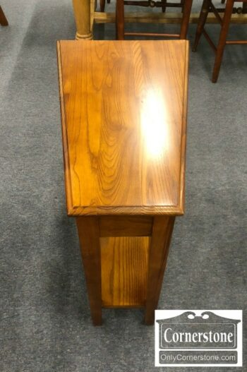 5965-1577 - Triangle End Table