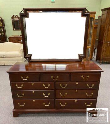 5965-1906 - Link Taylor USA Sol Mah Dresser w Mirror