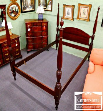 5965-322 Solid Mahogany Full Size Poster Bed