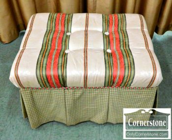 5965-587 Green Collage Ottoman