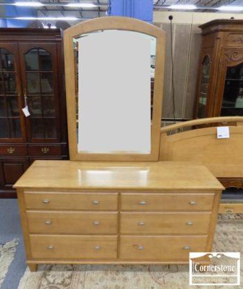 5965-779 - Ethan Allen Solid Maple Cont Dresser wMirror