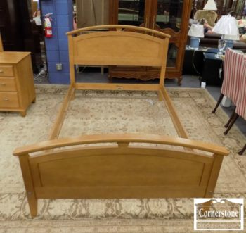 5965-781 - Ethan Allen Solid Maple Contemporary Full Size Bed