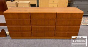5966-531 - Komfort Teak Danish Mod 12 Draw Dresser