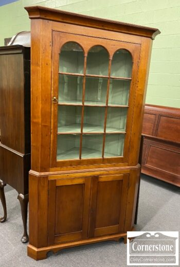 5966-613 - Antique American Cherry Corner Cabinet