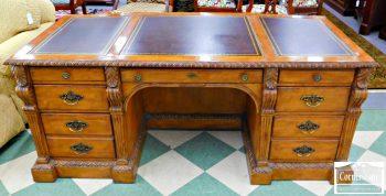6256-1-hekman-mixed-wood-leather-top-executive-desk