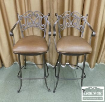 6320-422 - Pair of Ethan Allen Stools