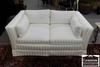 6320-425 - Henredon Off-White Upholstered Loveseat